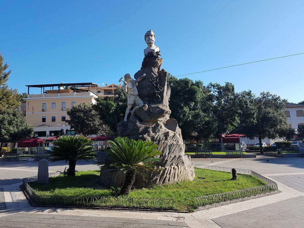 Piazza Sella Iglesias